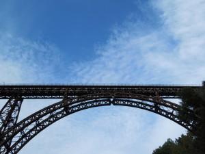 ponte in ferro sul vallone del rio vicano ronciglione